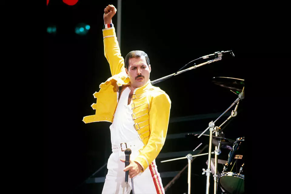 Freddie Mercury's kledij yellow jacket